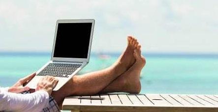 La importancia de proteger la identidad digital en verano