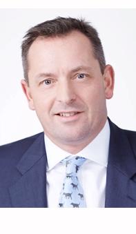 Mark Holman es Chief Executive Officer de Twentyfour AM.