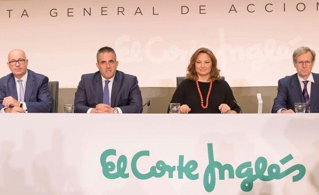 En la imagen, Jesús Nuño de la Rosa, Víctor del Pozo, Marta Álvarez y Antonio Hernández Gil.