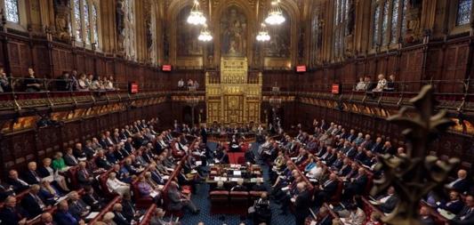 En torno a la suspensión del Parlamento británico