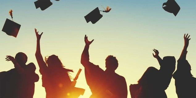 Garantizadas las ayudas del gobierno británico para estudiar en las universidades inglesas en 2020 a pesar del Brexit