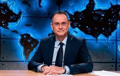 El coronel Pedro Baños acaba además de debutar en TV con el nuevo programa 'La mesa del coronel', en Cuatro.