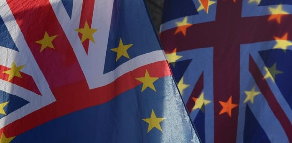 La Mesa del Turismo solicita al Gobierno informar de sus planes sobre el turismo para afrontar un Brexit sin acuerdo