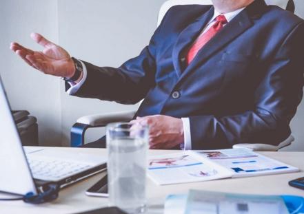 ¿Por qué contratar un abogado experto en herencias para resolver los conflictos sucesorios?