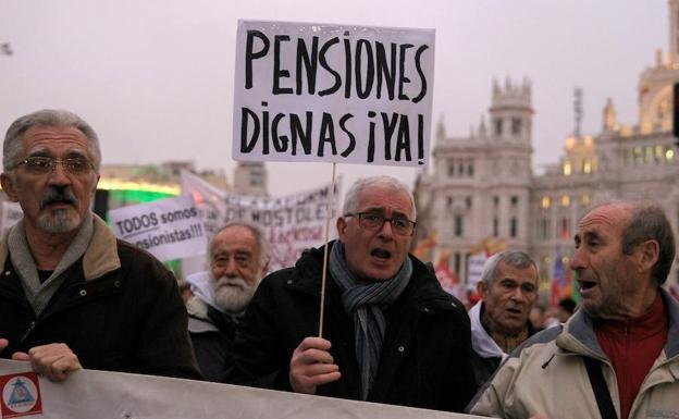 El Pacto de Toledo, desactivado, los políticos, en campaña y el futuro de las pensiones en el alero