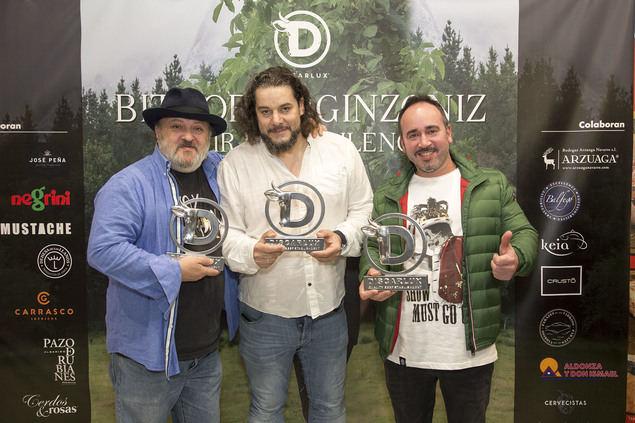 """Discarlux entrega sus primeros premios en una gala donde se presentó la película """"Bittor Arginzoniz. Vivir en el silencio"""""""