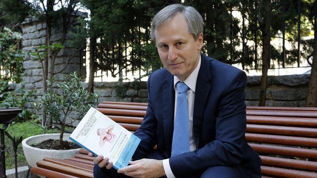 El estudioso en demografía española Alejandro Macarrón ya ha avanzado en numerosos estudios los efectos perniciosos que tiene el envejecimiento de la población sobre la economía española.
