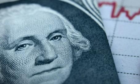 El dólar se relaja por segunda sesión consecutiva en señal de buena recepción de las políticas económicas