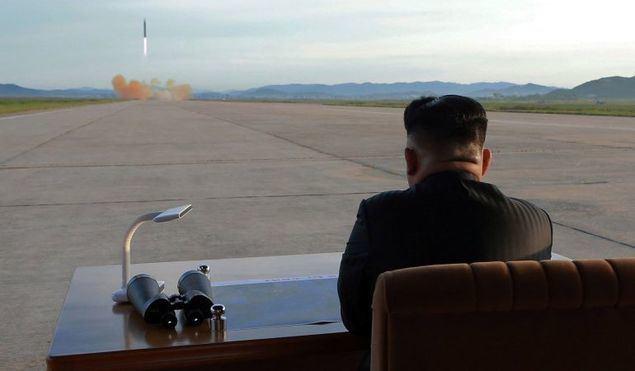 Corea del Norte lanza dos misiles mientras el mundo lucha contra el coronavirus