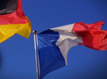 La iniciativa de rescate franco-alemana da impulso al euro