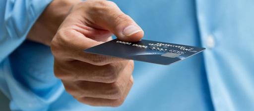 El riesgo de endeudamiento de los jóvenes, los más afectados de nuevo por la crisis