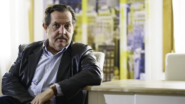 Jorge Llopis, crítico de arte.