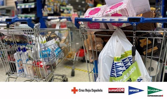 El Corte Inglés entrega tarjetas regalo por valor de 320.000 euros para el plan Cruz Roja Responde