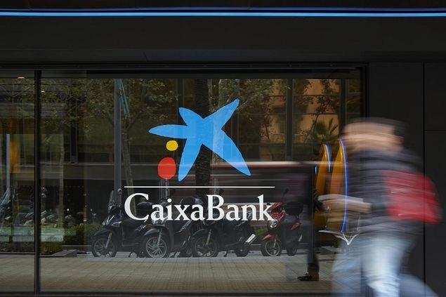CaixaBank obtiene un beneficio de 205 millones de euros tras provisionar en el semestre 1.155 millones por la COVID-19