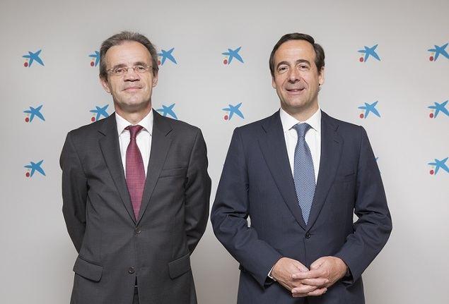 Jordi Gual, presidente, y Gonzalo Gortázar, consejero delegado, de CaixaBank.