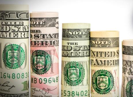 El dólar retorna a su senda de debilidad tras los datos macroeconómicos decepcionantes