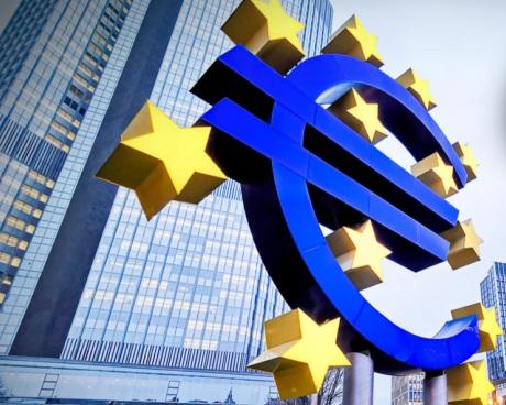 El euro centra su atención en la postura del BCE