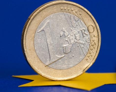 Las preocupaciones del BCE sobre un euro demasiado fuerte impulsan al billete verde