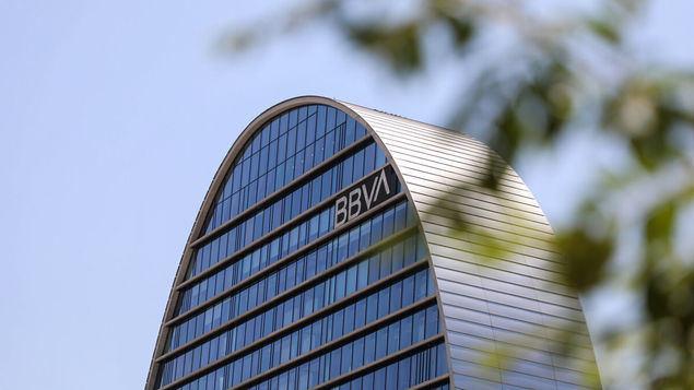 Clan Neguri, relevo en el BBVA, alboroto en ABC y fusión Caixabank-Bankia