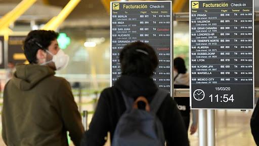 Barajas, aún sin test rápidos ni PCRs para viajeros internacionales