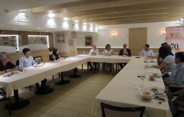 Reunión de corresponsales y colaboradores de El Mundo Financiero