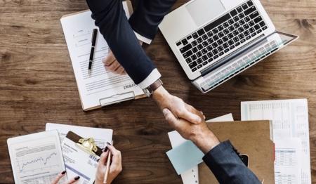 Préstamos de calidad: financiación empresarial, mini créditos e hipotecas justas