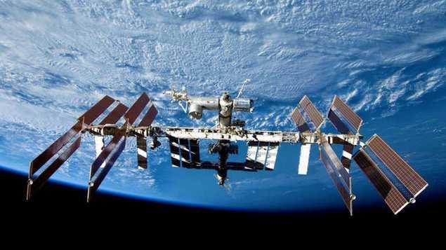Se discute la vida útil de la Estación Espacial Internacional (EEI)