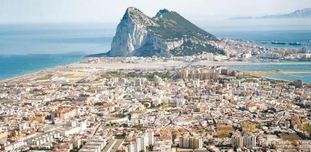 Gibraltar o la fábula de la zorra y las uvas