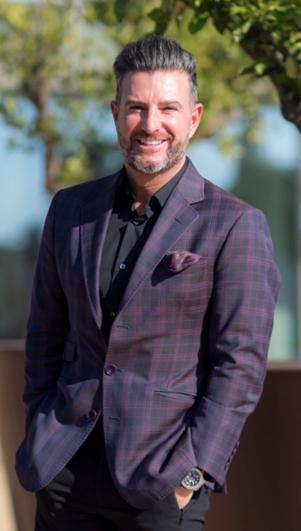 Javier Coterillo es CEO de Farmaquivir.