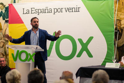 La abstención de VOX