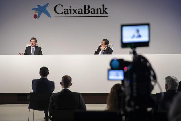 Reunión telemática de directivos de CaixaBank.