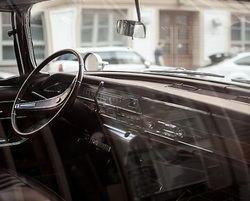 La crisis del sector automovilístico va más allá: coches viejos, sin seguro ni ITV
