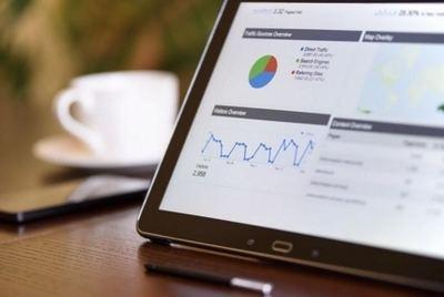 Elegir la agencia de marketing digital adecuada es esencial para el éxito de toda campaña