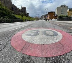 Cómo afectará la limitación de velocidad a los seguros de coche