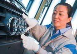 China alcanza registro récord de 9,66 millones de vehículos