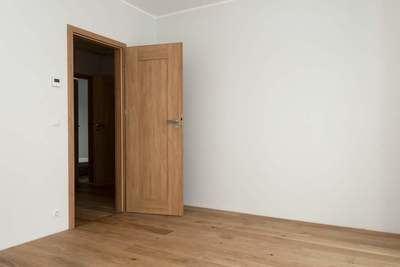 ¿Qué características aportan las puertas rústicas de interior de LosmaStudio?