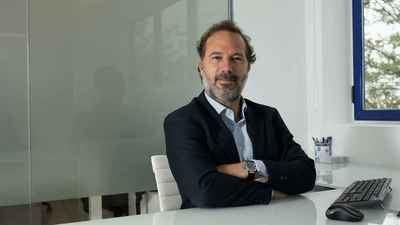 Ángel Haro, Presidente de DVP Solar, una sociedad para proyectos solares internacionales con el objetivo de  objetivo dar una respuesta integral al crecimiento de la energía fotovoltaica en Europa y Latinoamérica.