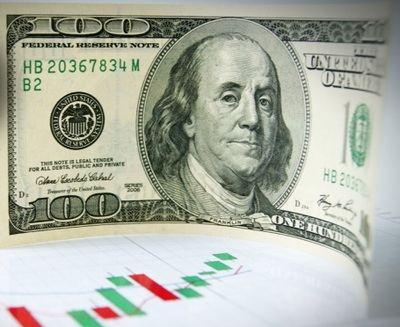 El ajuste de la FED en la línea dura da vida a la tranquila operativa veraniega al hacer rebotar el dólar