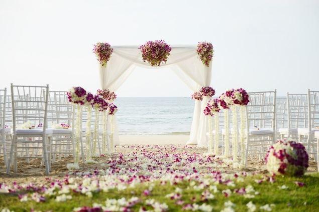 Así son las bodas en España en 2021: 12.250 euros de coste medio, 60 invitados y al aire libre