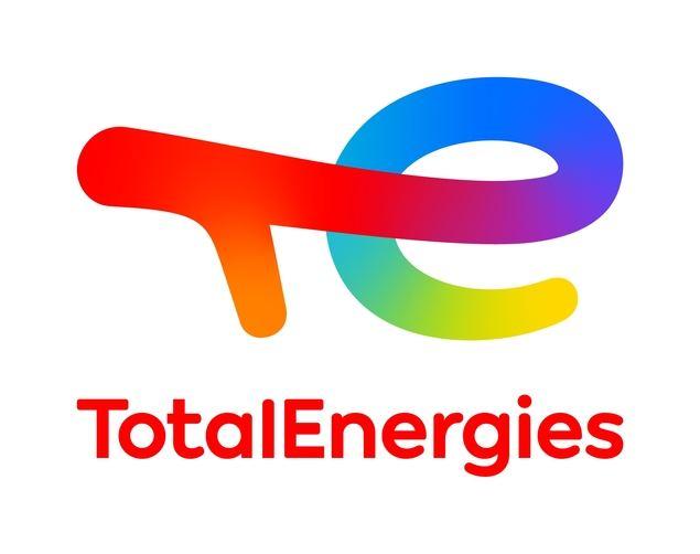 Total se transforma en TotalEnergies
