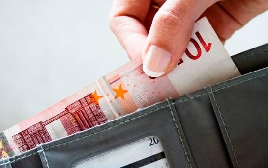 Los tres motivos más frecuentes de endeudamiento de los españoles y cómo hacerles frente