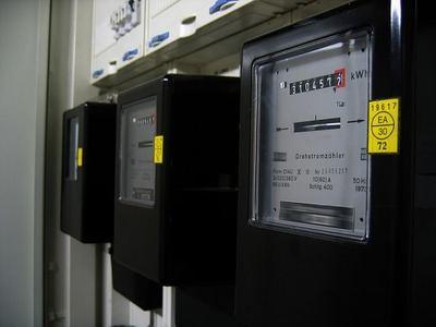 Las eléctricas no pueden sancionar a los usuarios