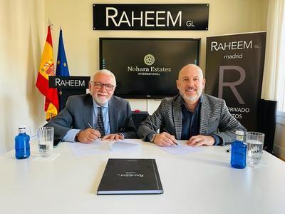 A la derecha, el CEO de Nohara, Enrique Portuondo Coll, firmando el acuerdo con José Tapias, presidente del Club Raheem ara el establecimiento de su sede corporativa en Madrid.