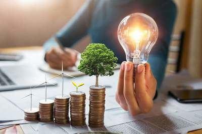 Cambiar la compañía comercializadora de la factura de la luz es un trámite ágil: Gurú Energía