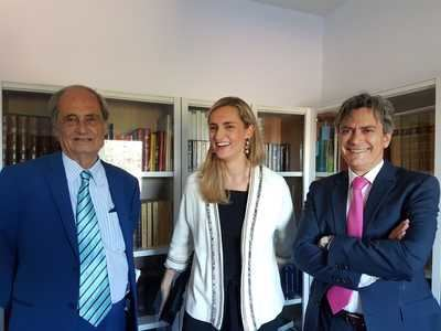 El mundo del caballo y de los libros crece: biblioteca Miguel Ángel Ribera