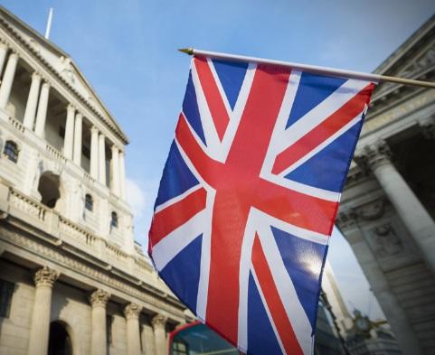 La libra se anima ante los comentarios conservadores del banco de Inglaterra