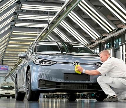 Faconauto ve el Perte como una «oportunidad real» para impulsar la competitividad del sector