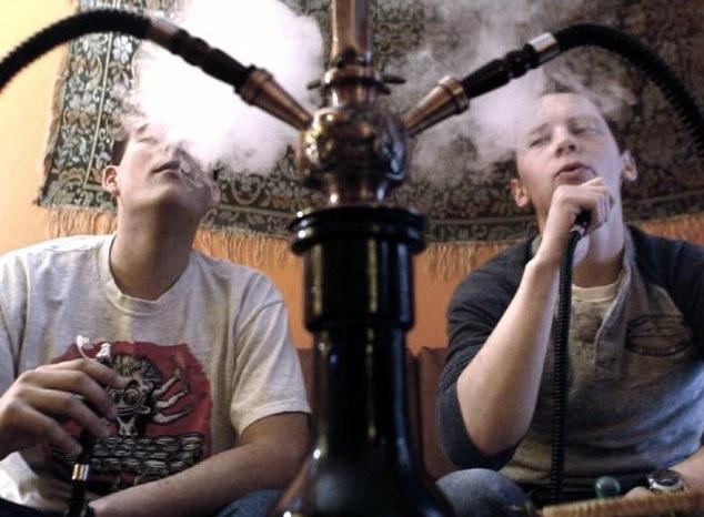 España, entre los países europeos con más jóvenes de entre 18 y 25 años fumadores de tabaco de pipa de agua