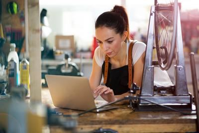 ¿Necesita mejorar la economía de su país?: guía de atención para los especialistas en marketing de pequeñas empresas