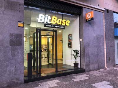 BitBase, la empresa con más cajeros Bitcoin de España, es mucho más que un lugar para comprar criptomonedas